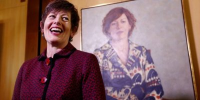 IBAS Director Anna Burke unveils her portrait at Canberra's Parliament House